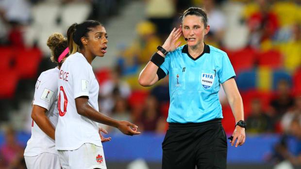 var-fifa-womens-world-cup.jpg