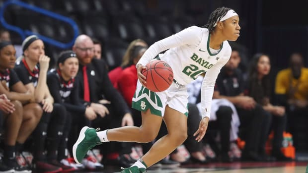 Baylor, Mississippi State, Notre Dame and Louisville Secure Top Seeds in Women's NCAA Tournament--IMAGE