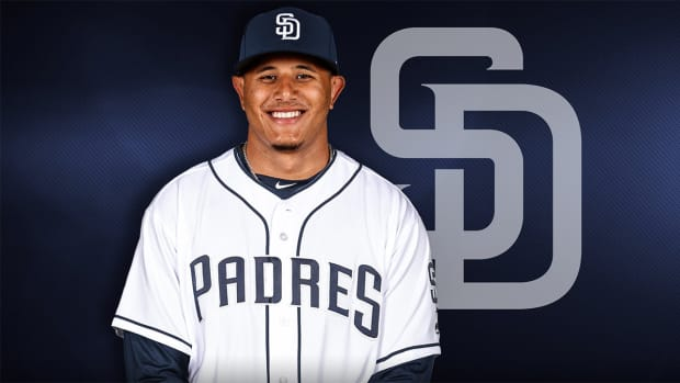 manny-machado-signs-with-padres.png
