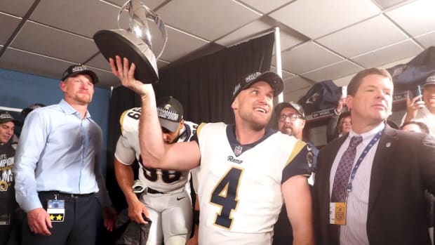 Zuerlein Kicks Rams to Super Bowl--IMAGE
