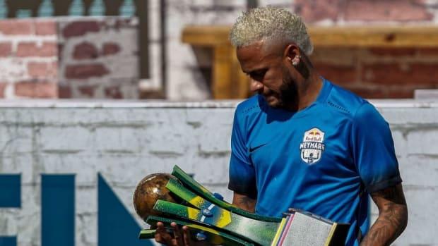 fbl-brazil-neymar-project-5d32d980d059d6c3d3000003.jpg