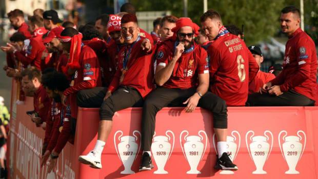 fbl-eur-c1-eng-liverpool-trophy-parade-5d3c7a5a17465e0149000001.jpg