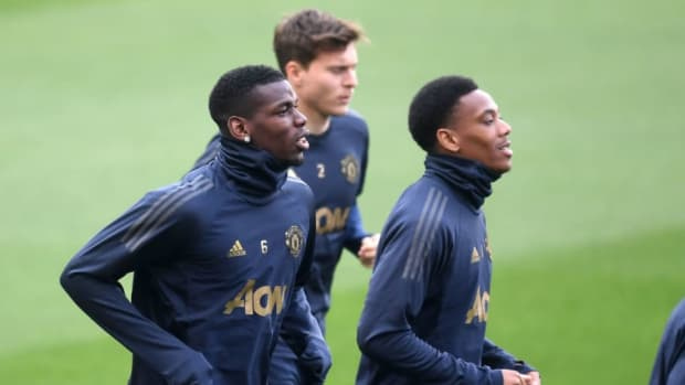 manchester-united-training-session-and-press-conference-5d84a4864568bcaef7000001.jpg