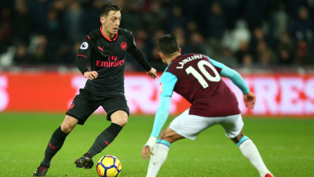 arsenal-west-ham-live-stream-tv.jpg