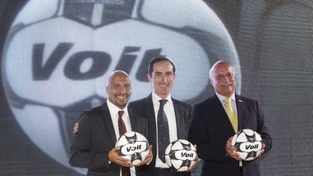 liga-mx-unveils-official-ball-5cff15fd3c4602ea68000001.jpg