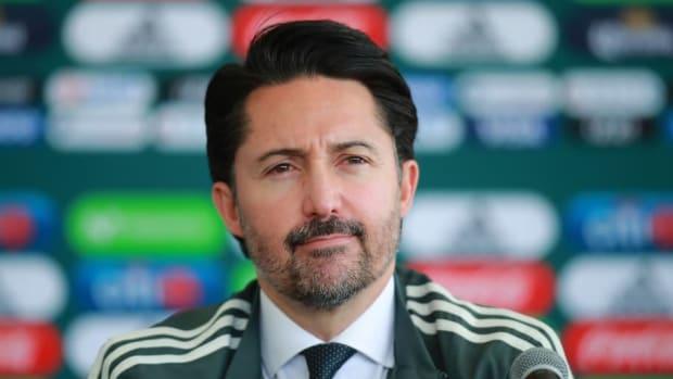 mexico-national-team-unveils-new-coach-gerardo-martino-5c3fc1b800a9aac3c2000016.jpg