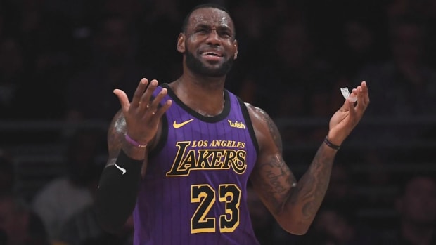 Lakers Officially Eliminated From Playoffs in LeBron James's First Year--IMAGE