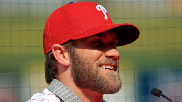 bryce-harper-mike-trout-phillies.jpg