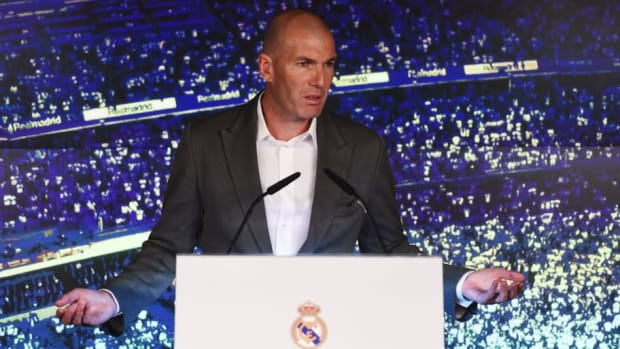 real-madrid-unveil-new-manager-zinedine-zidane-5c87a02b88cb1b44df000001.jpg