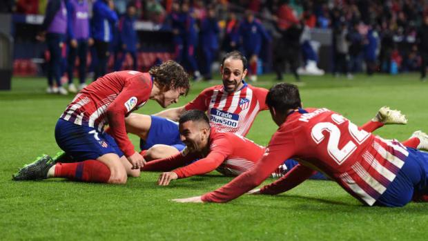 club-atletico-de-madrid-v-valencia-cf-la-liga-5cc0b80e0bde226a63000001.jpg