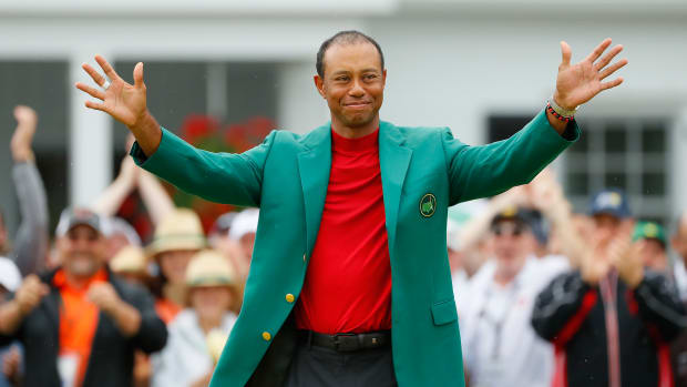 tiger-woods-green-jacket-empire-state.jpg