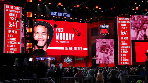 kyler-murray-2019-nfl-draft-stage-1.jpg