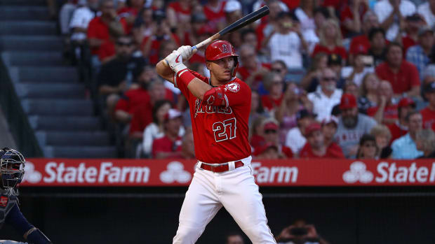mike-trout-angels-injury-ap.jpg