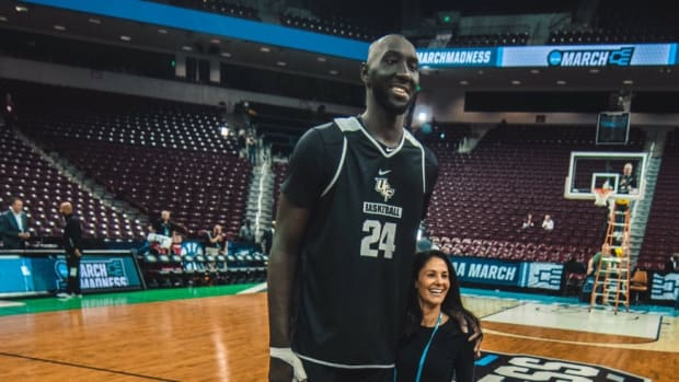 tacko-fall-tracy-wolfson-hc.jpg