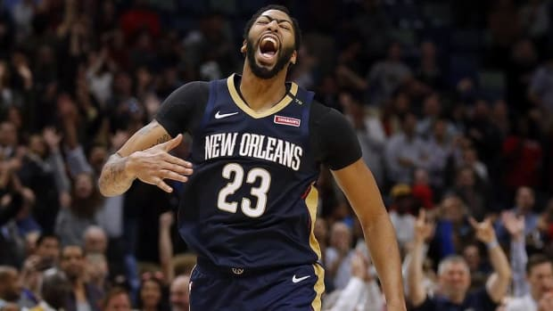 Report: Pelicans Trade Anthony Davis to Lakers  - IMAGE
