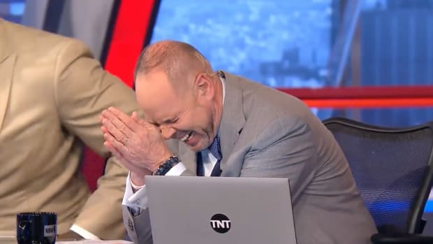 wednesday-hot-clicks-nba-tnt-shaquille-oneal-charles-barkley-ernie-johnson-video.png