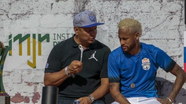 topshot-fbl-brazil-neymar-project-5d78b332a0e8a62033000001.jpg
