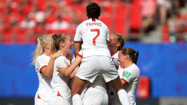 england-v-cameroon-round-of-16-2019-fifa-women-s-world-cup-france-5d13695ff052e06eaa000001.jpg