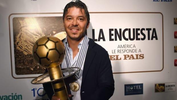 33-la-encuesta-el-pais-football-awards-5c36d1794d5cf6fd76000001.jpg