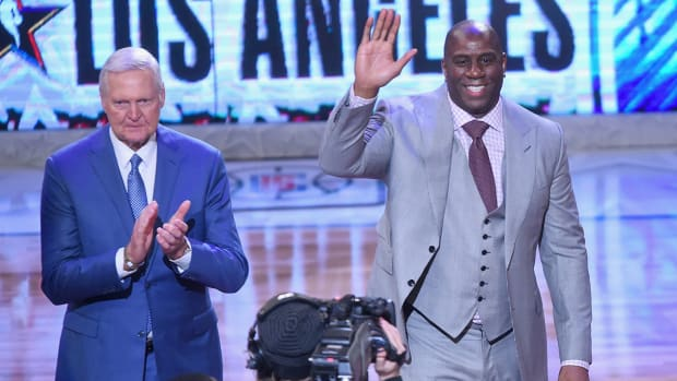 magic-johnson-jerry-west-lakers-lead.jpg
