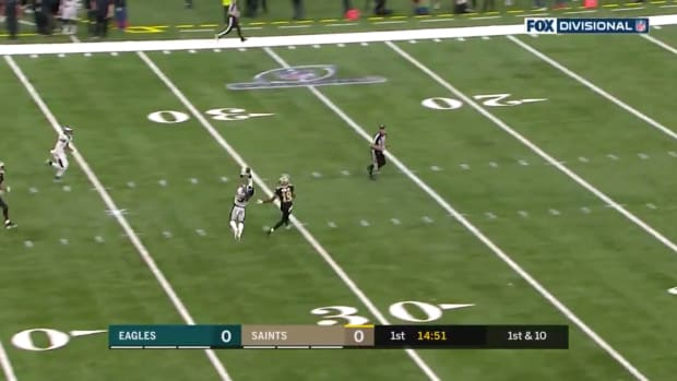 crevon-leblanc-interception-eagles.jpg