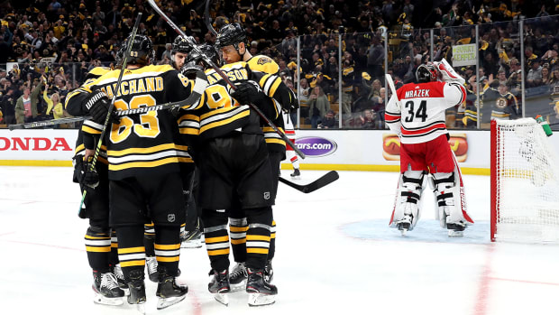 bruins-hurricanes-game-1.jpg