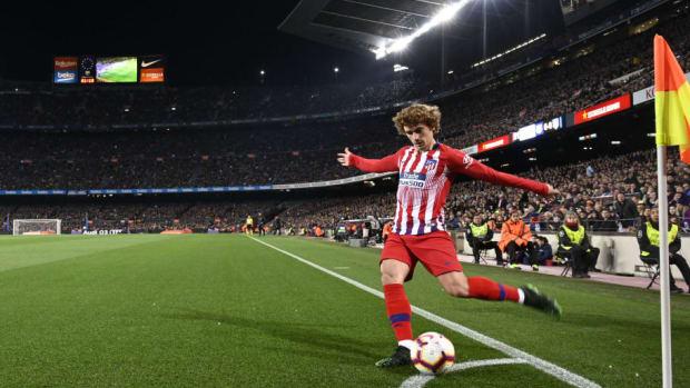 topshot-fbl-esp-liga-barcelona-atletico-5cae31217df23dbb95000001.jpg