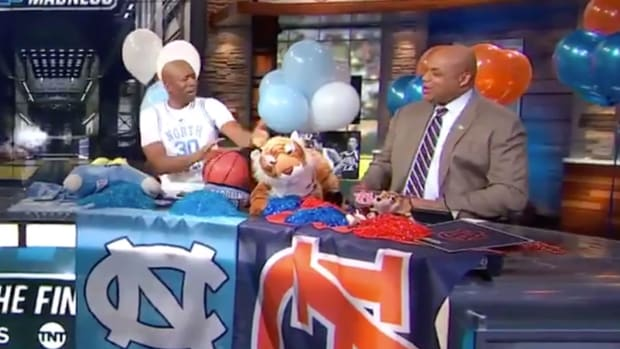 charles-barkley-auburn-win-reaction-march-madness.jpg