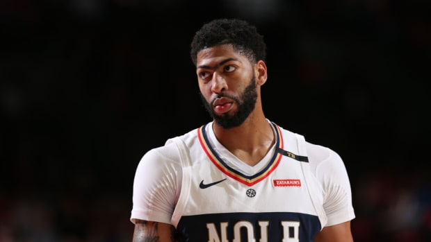 anthony-davis-pelicans-lakers-trade-rumors.jpg