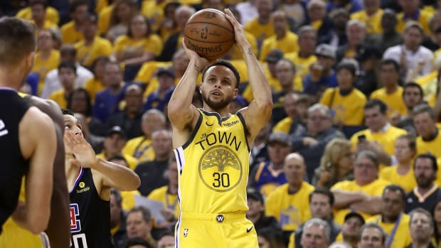stephen-curry-three-point-shot-warriors-clippers.jpg