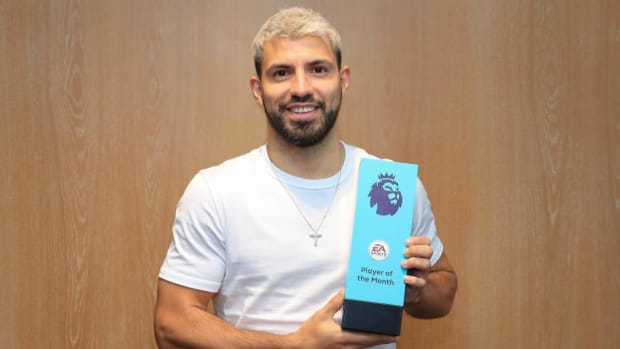 sergio-aguero-wins-the-ea-sports-player-of-the-month-award-february-2019-5c826041c4cbcc248b000001.jpg