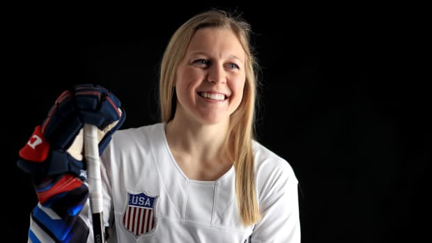 kendall-coyne-nhl-all-star-skills-competition.jpg