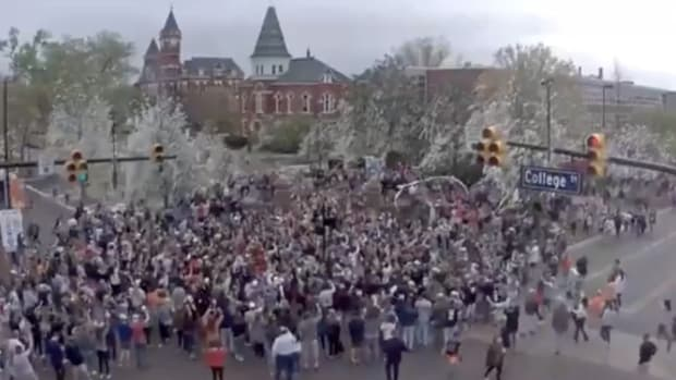 toomers-corner-auburn-final-four.png
