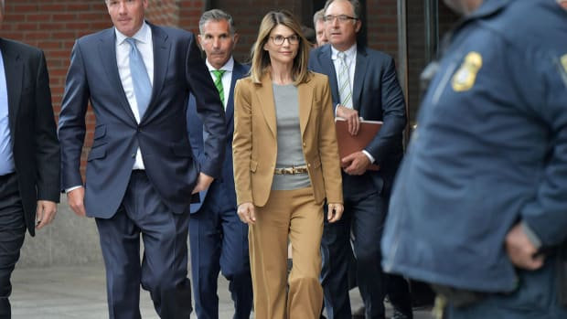 lori-loughlin-indicted-college-admissions-bribery-scandal.jpg