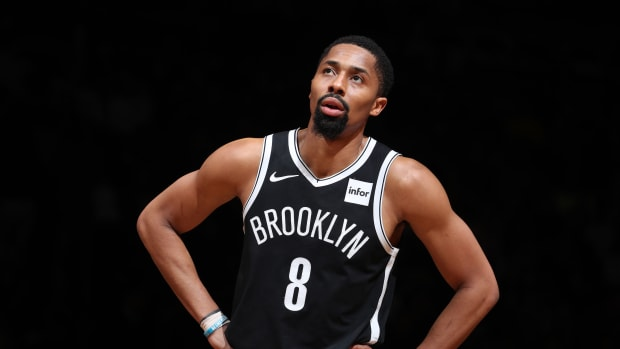 spencer-dinwiddie-contract-digital-investment.jpg