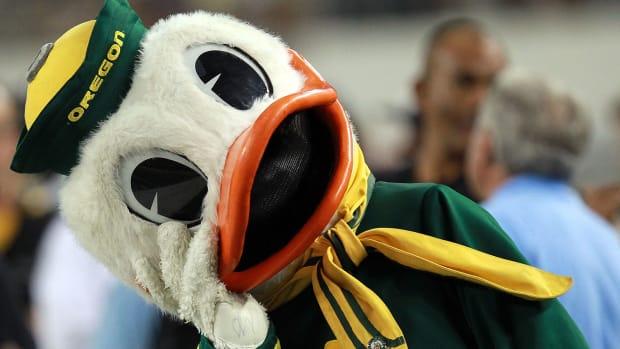 oregon_duck_mascot.jpg