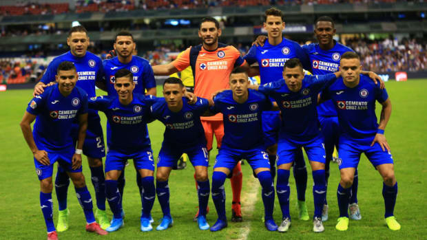 cruz-azul-v-chivas-torneo-apertura-2019-liga-mx-5d6b7e2c3eb92e88a0000002.jpg