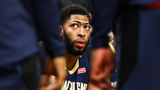 lakers-pulling-out-anthony-davis-trade-talks.jpg