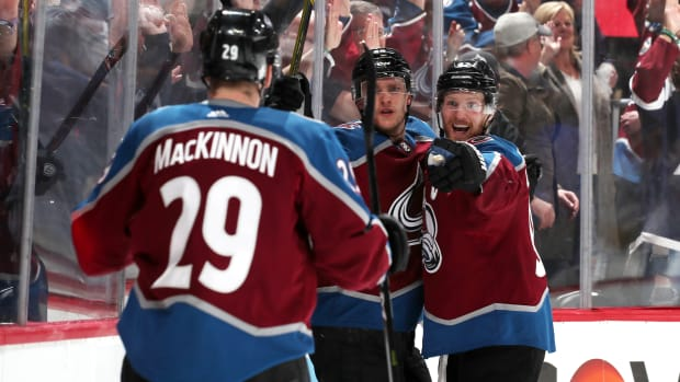 avalanche-flames-game-4.jpg