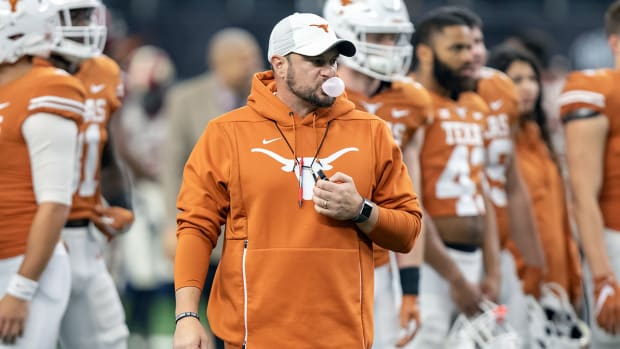 tom-herman-texas-contract-extension.jpg
