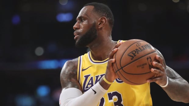 LeBron James Passes Michael Jordan for Fourth on NBA All-Time Scoring List--IMAGE
