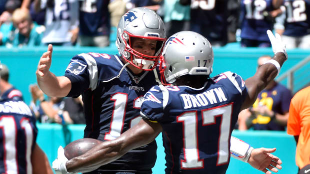 patriots-tom-brady-antonio-brown.jpg