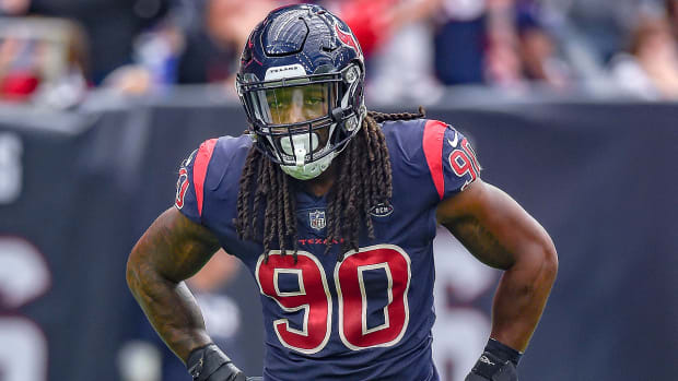 jadeveon-clowney-texans-nfl-trade-block.jpg