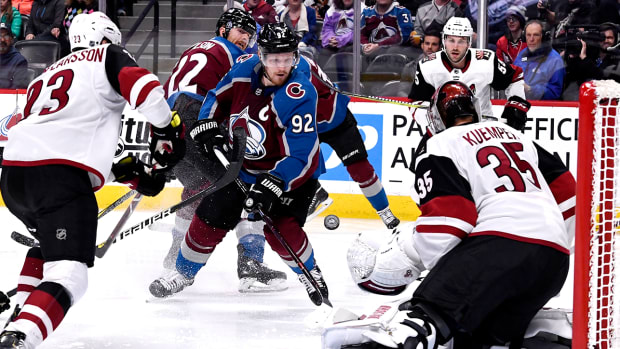coyotes-avalanche-nhl-power-rankings.jpg