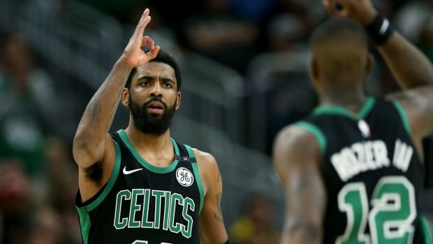 celtics-bucks-game-1-kyrie-irving.jpg