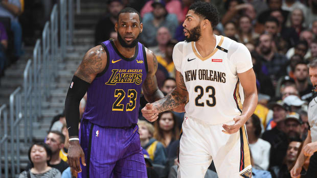 anthony-davis-lebron-james-lakers-pelicans-lead-2.jpg