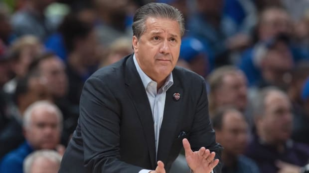 Report: Kentucky Offers John Calipari Lifetime Contract--IMAGE