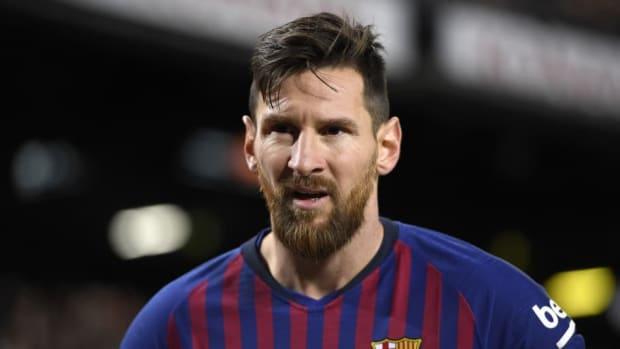 fc-barcelona-v-valencia-cf-la-liga-5c5842679baef68f30000001.jpg