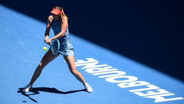 sharapova_wins_first_match_aussie_open.jpg