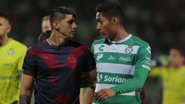 santos-laguna-v-chivas-torneo-clausura-2019-liga-mx-5d30d5e8c8245722b3000001.jpg